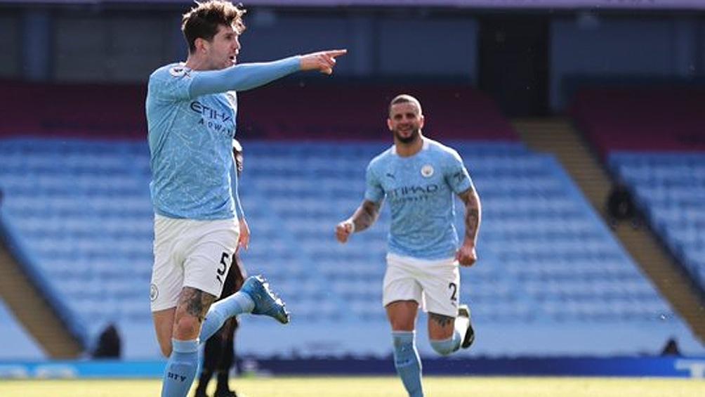 El City, con 65 puntos, lidera la clasificación con 12 puntos de ventaja sobre el Leicester.