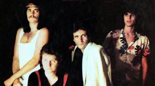 Zas: el desconocido grupo telonero que inició esa noche un ascendente camino a la popularidad