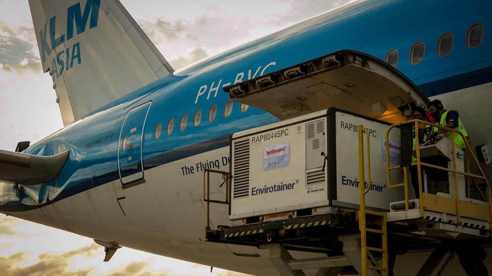 Air France KLM utilizó un Boeing 777-300W, que tiene mayor espacio para carga, para poder asegurar el embarque de las vacunas.
