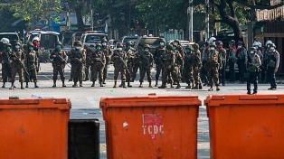 """La junta militar de Myanmar """"comete crímenes contra la humanidad"""", según un experto de la ONU"""