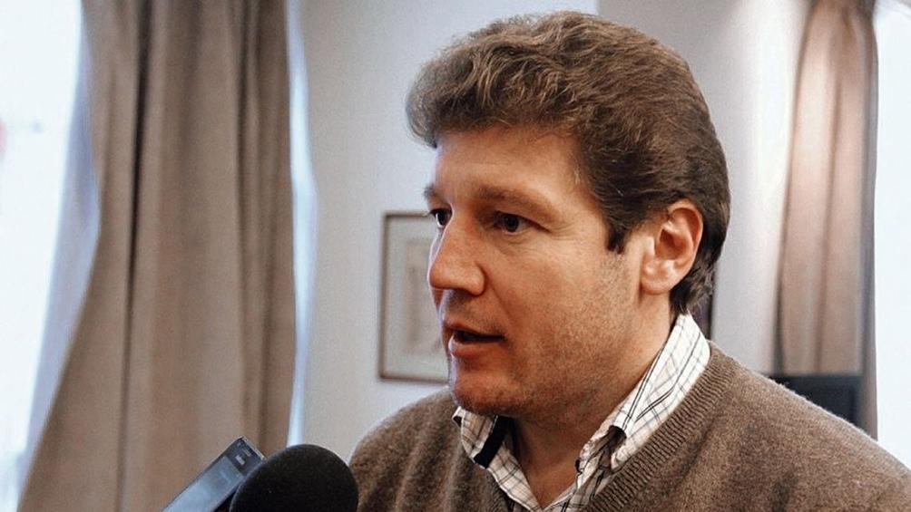 El gobernador de Tierra del Fuego, Gustavo Melella, colocará  el segundo precandidato kirchnerista en la lista del FdT por esa provincia.