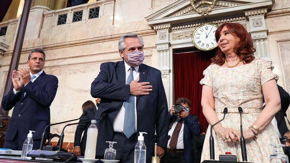 El Presidente abrió el período de sesiones ordinarias en el Congreso este lunes.