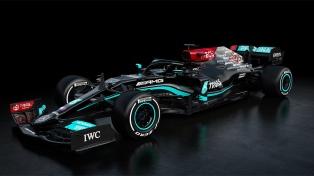 Mercedes Benz presentó el modelo 2021, que usará Lewis Hamilton