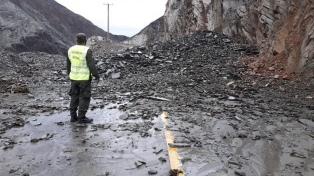 Lluvias en San Juan: crece el número de evacuados y derrumbes de montaña
