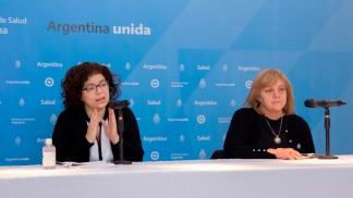Elsa Baumeister junto a la ministra Carla Vizzotti.