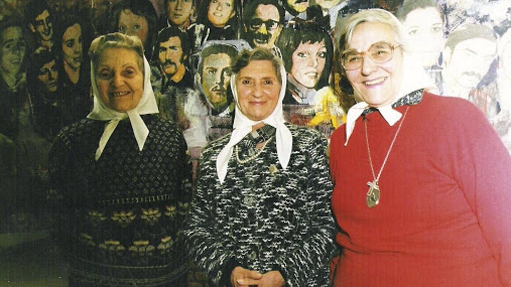 Beba Mujica fue una de las fundadoras de la Asociación Madres de Plaza de Mayo.