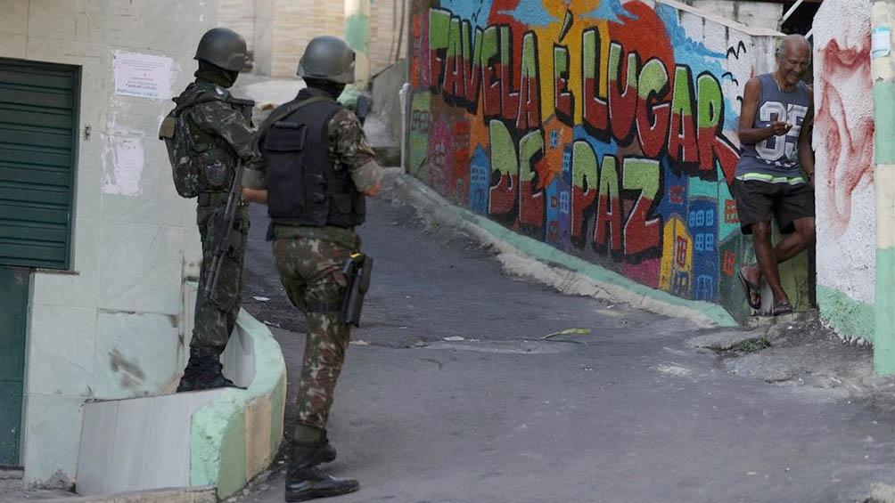 Río de Janeiro estableció el toque de queda nocturno