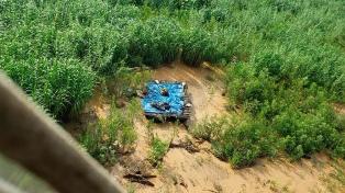 Hallan el cuerpo sin vida de una persona en el río Bermejo y tratan de identificarlo