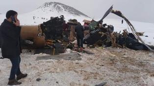 Murieron diez soldados al estrellarse un helicóptero militar en Turquía