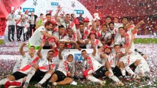 River Plate goleia Racing e se consagra campeão da Supercopa Argentina