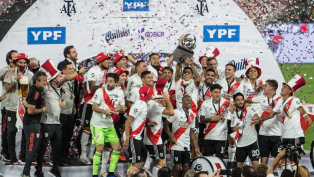 River goleó a Racing y es campeón de la Supercopa Argentina