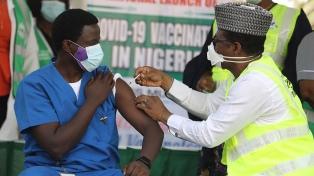 Guinea, Kenia y Nigeria iniciaron la campaña de vacunación contra el coronavirus