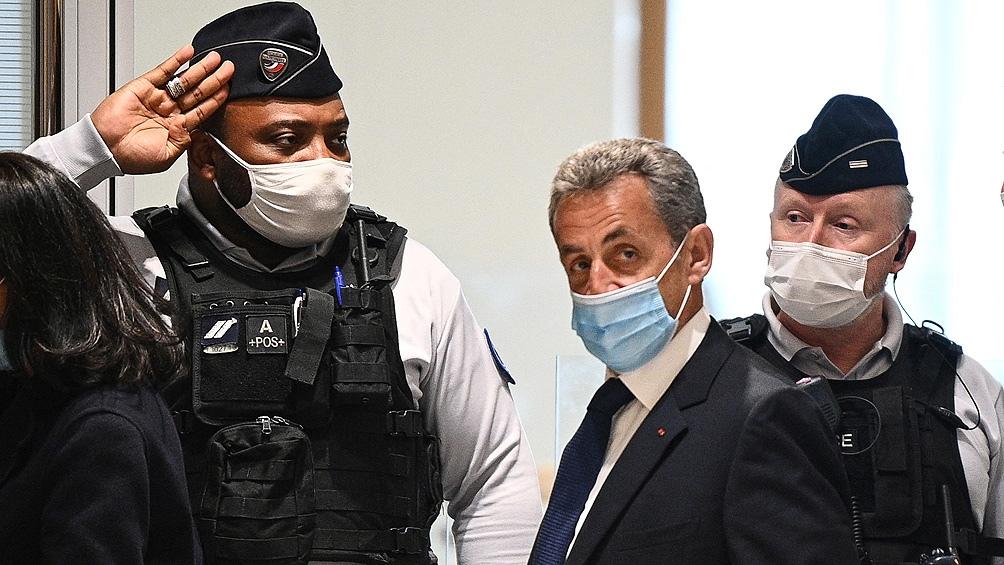 Sarkozy es el primer expresidente de la Quinta República en ser sentenciado a prisión firme.