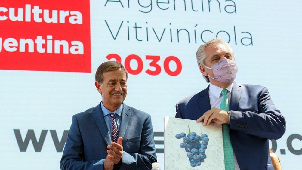 El Presidente estuvo acompañado por el gobernador Suárez al encabezar el acto de Coviar en Mendoza.