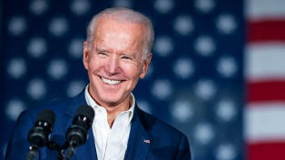 "Biden elogió la ""histórica y monumental"" visita del papa Francisco a Irak"