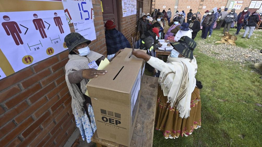 El escrutinio es más lento de lo esperado en Bolivia.