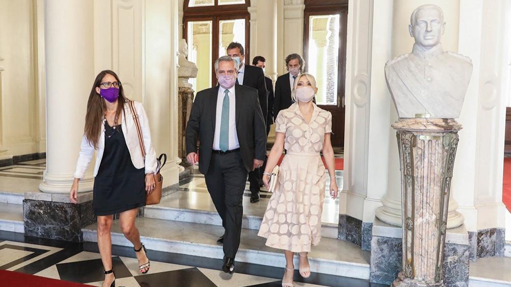 """Yañez: """"Es un día que representa la lucha de las mujeres por la igualdad, el reconocimiento y el ejercicio efectivo de nuestros derechos""""."""