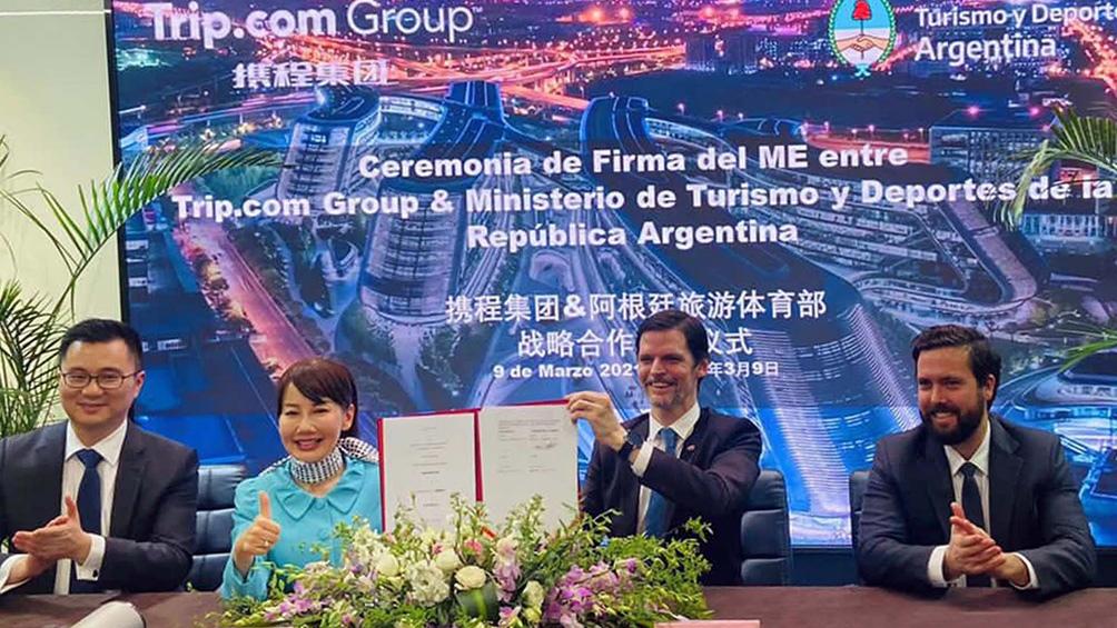 """Durante la firma del acuerdo, el ministro Matías Lammens remarcó la potencialidad del turismo chino, debido a que """"es el gasto per cápita más alto del mundo""""."""