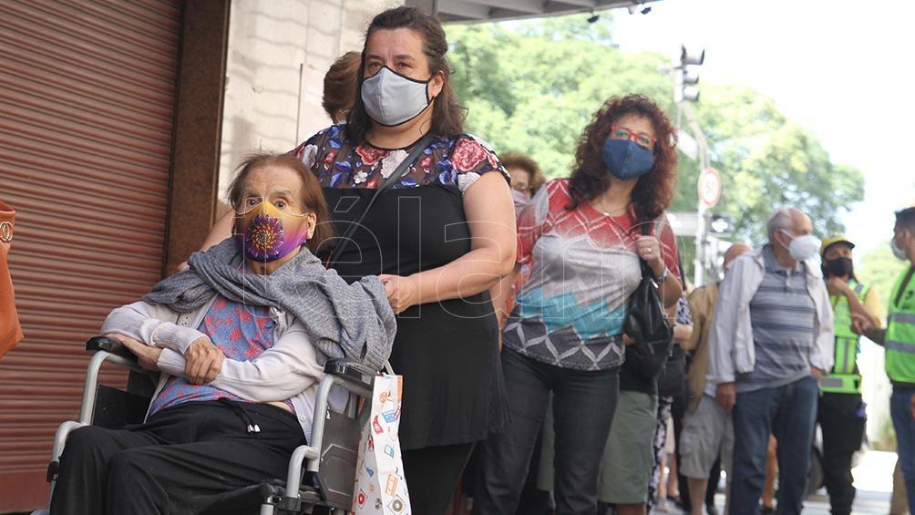 En la Ciudad Autónoma de Buenos Aires (CABA) se aplicó vacunas al 4,9% de la población.