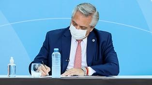 Alberto Fernández firmó un DNU para regular el mecanismo de adquisición de nuevas vacunas