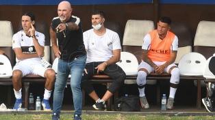 Platense se queda sin entrenador tras el final de la primera fase