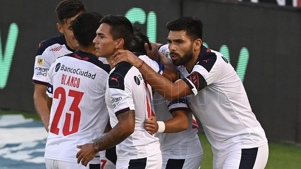 Independiente quiere extender su buena racha ante Villa Mitre