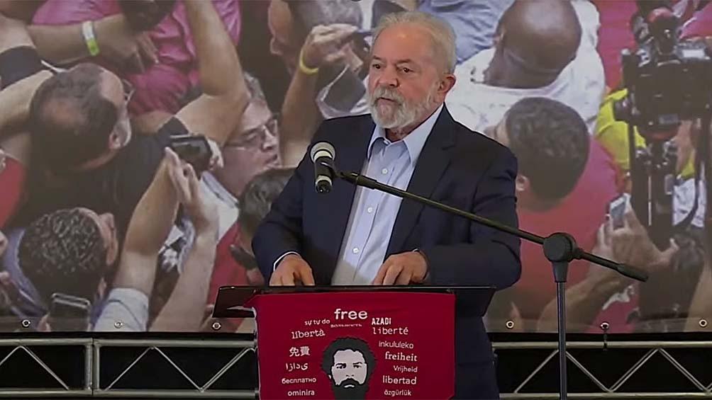 Una encuesta marca que Lula vencería a Bolsonaro en una eventual elección presidencial