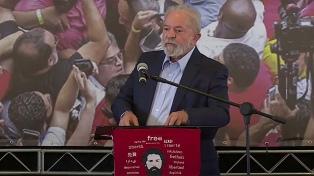 Lula dice que FFAA deben respetar la Constitución y que hablará con ellos si es electo