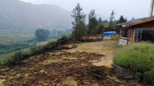"""Incendio en El Hoyo: """"La lluvia trajo alivio, pero lo que pasó ayer fue dantesco"""""""