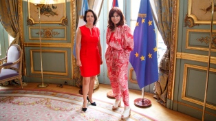Cristina Fernández se reunió con la embajadora de Francia