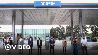 Cómo acceder a los descuentos del 15% de YPF para personal educativo