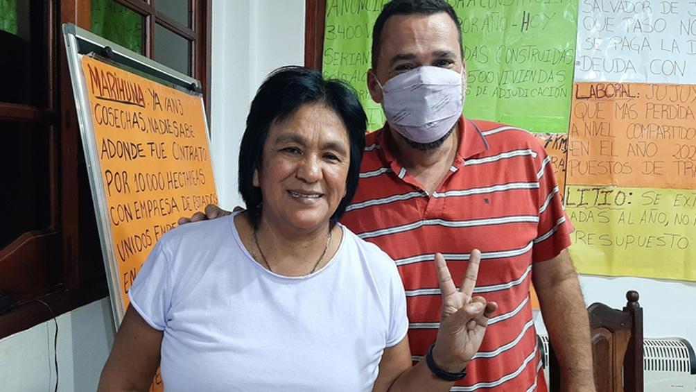 Menéndez visitó a la dirigente de la organización social Tupac Amarú, Milagro Sala