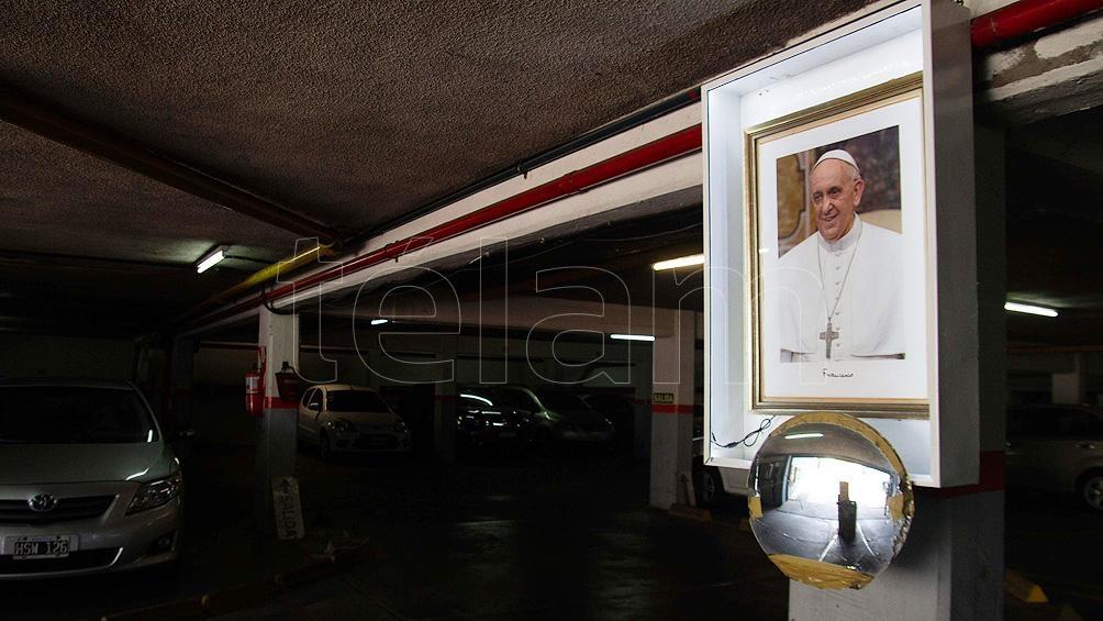 Estacionamiento donde Bergoglio solía dejar su vehículo, pegado a la Catedral Metropolitana de Buenos Aires.