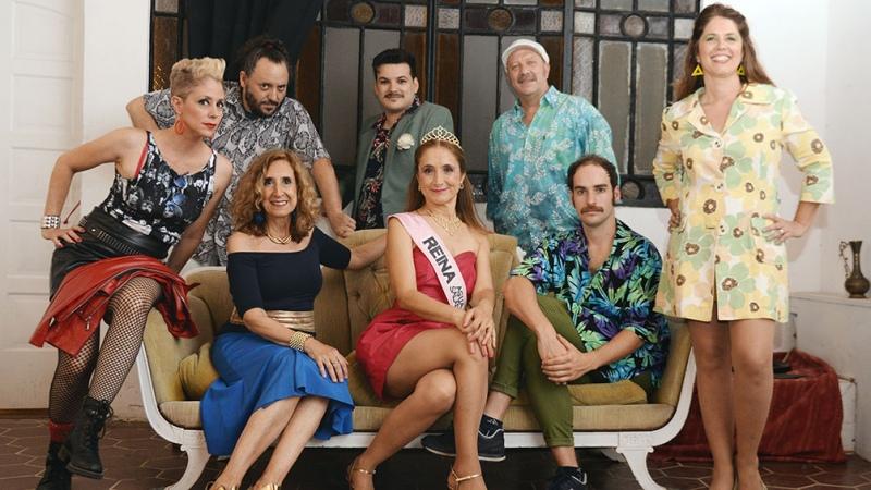 """La Conga del Buen Sufrir presenta """"En la orilla"""", humor y música en un pueblo costero en los '90"""