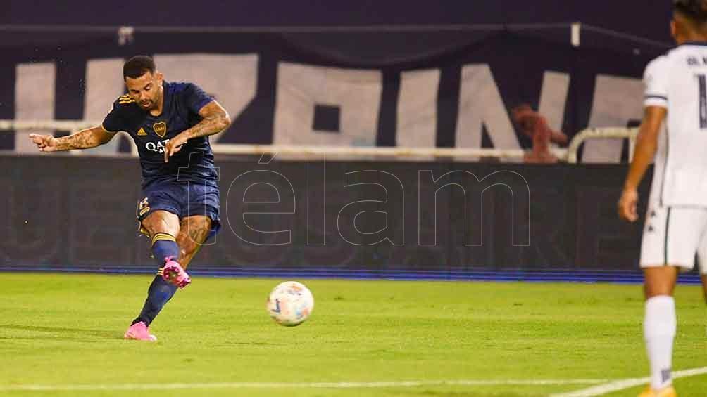 """Cardona, uno de los puntos altos en el conjunto """"Xeneize"""" en lo que va de la Copa de la Liga"""