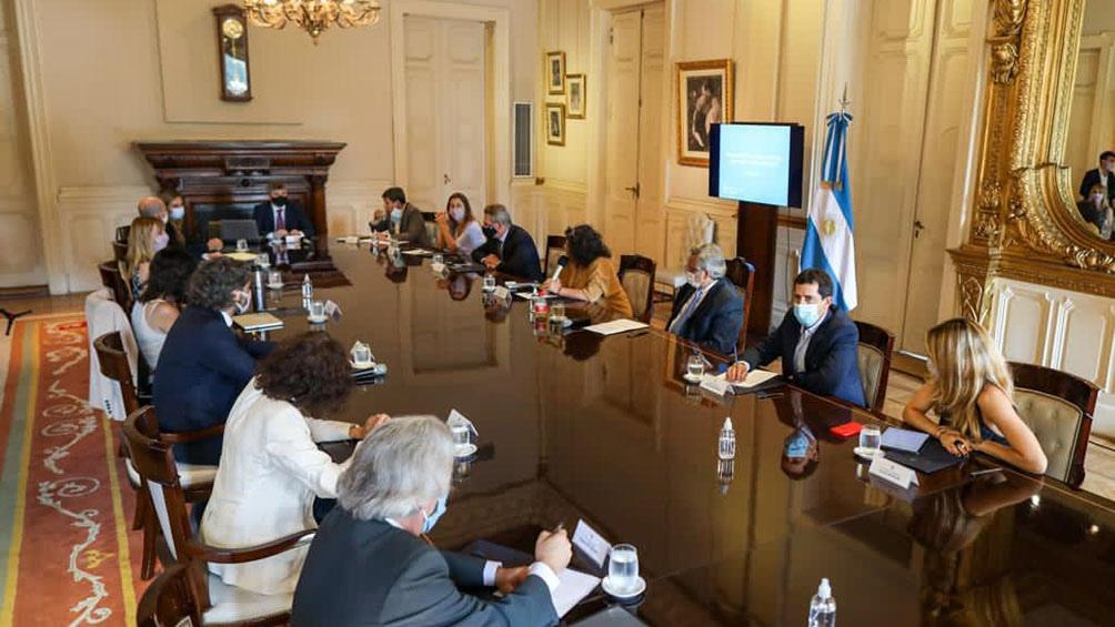 Visotti habló al final de la reunión.