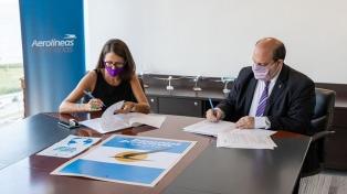 Aerolíneas y el Ministerio de las Mujeres: convenio para trasladar a víctimas de violencia