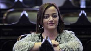 """Cecilia Moreau: """"JxC tendría que apoyar Ganancias y pedir perdón por no haberlo hecho antes"""""""