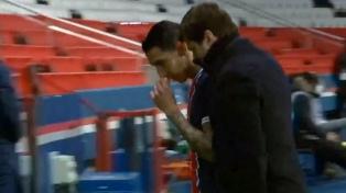 El DT Pochettino puso en duda a Di María para el partido contra Lille