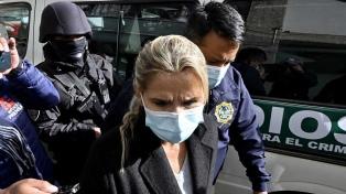La justicia ratificó la prisión preventiva de Áñez, que sumó otra denuncia en su contra