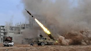 Ataque con misiles en el norte de Siria dejó heridos en el décimo aniversario de la guerra