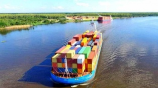 Katopodis prorrogó por 90 días la concesión de la vía navegable del Paraná