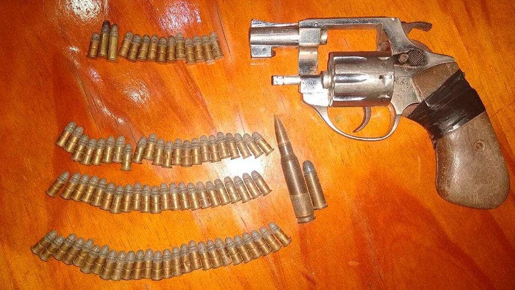 Una de las armas secuestradas.