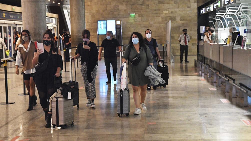 """Meoni: """"Todos los argentinos van a poder hacerlo desde todos los aeropuertos, desde este aeropuerto, a cualquier lugar de la Argentina""""."""