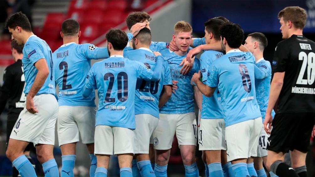Manchester City enfrenta a Everton por un lugar en la semifinal