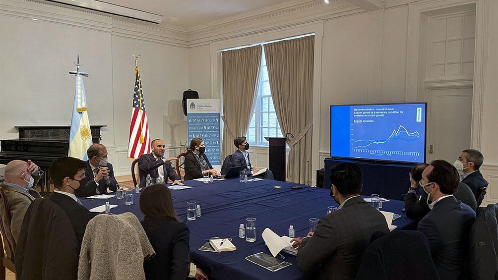 Martín Guzmán se reunió con inversionistas para contar los objetivos macroeconómicos de 2021.