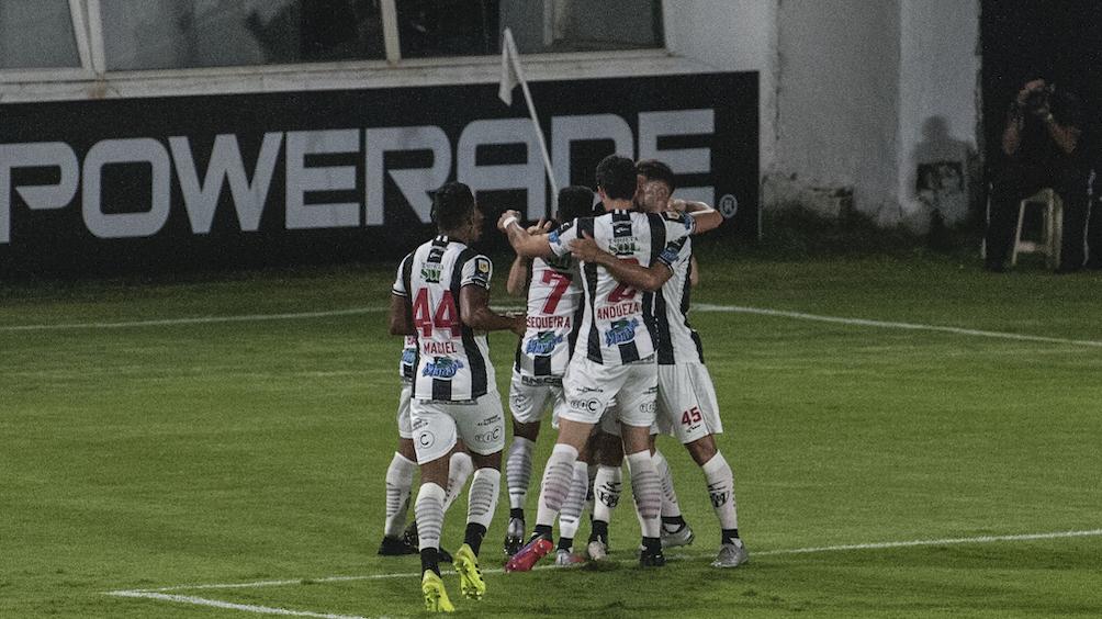 El equipo santiagueño tiene 12 puntos