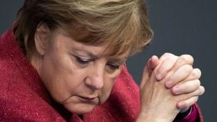 Merkel refuerza su autoridad ante las regiones para combatir el coronavirus