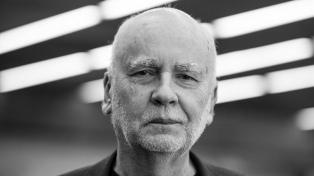 """Murió el escritor polaco Adam Zagajewski, el """"poeta del 11 de septiembre"""""""
