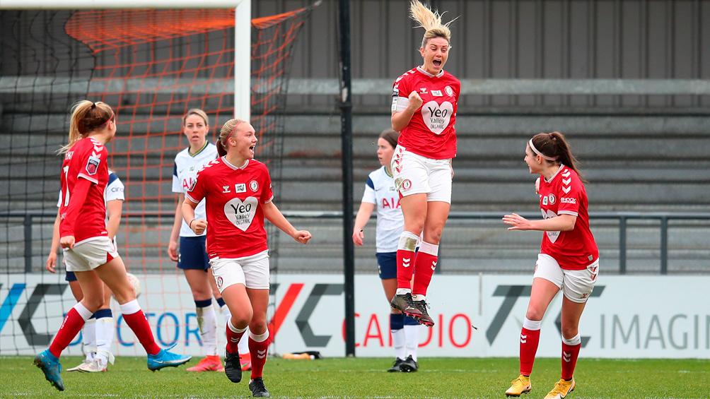 El fútbol femenino inglés suscribe un acuerdo histórico con la TV